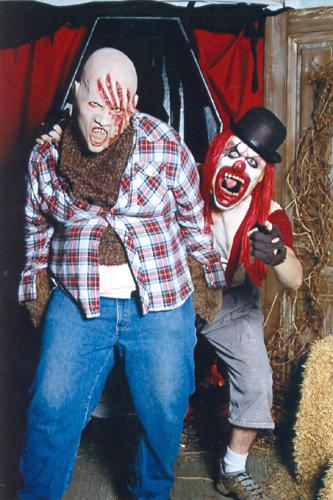 Creepy Halloween photos: clowns