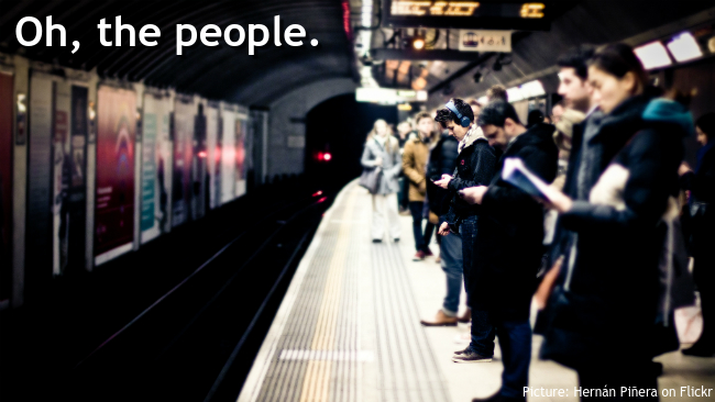 London Underground platform with crowds of commuters (Picture credit: Hernán Piñera on Flickr)