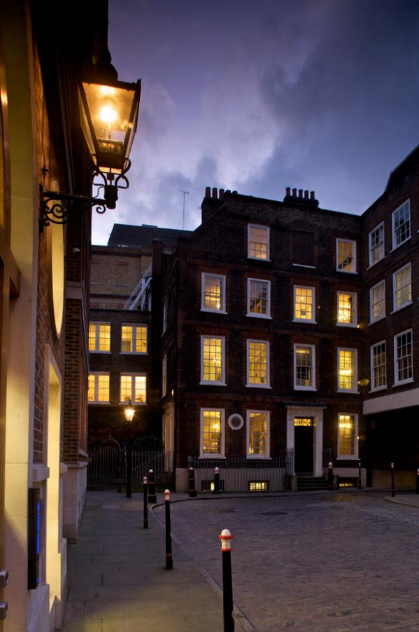 Explore The City of London through the eyes of Shakespeare and Samuel Johnson