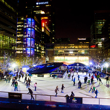 Ice skating. Canary Wharf
