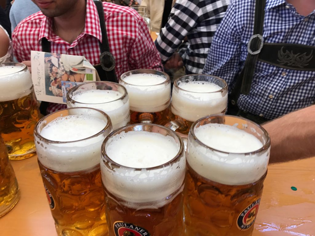 Bob on Tour: Oktoberfest – Munich