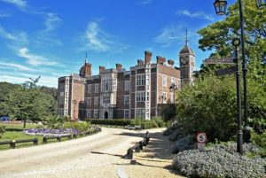 A Visit to Charlton House and an Afternoon Tea @ Charlton House | England | United Kingdom